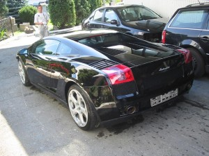 lakierowany samochód
